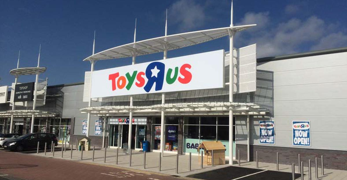 · Game over for Toys R Us! All stores now closed, but is this really the end? All Toys R Us and Babies R Us stores are now closed, according to the iconic toy retailer's social media accounts.